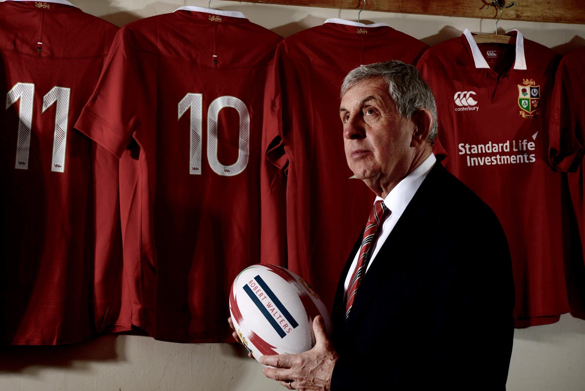 Lions greats including Sir Ian McGeechan call for changes to make sport safer