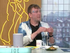 """Joe Lycett plaisante sur le fait de """"prendre d'assaut"""" le brunch du dimanche après la cascade de paniers-repas de Steph"""