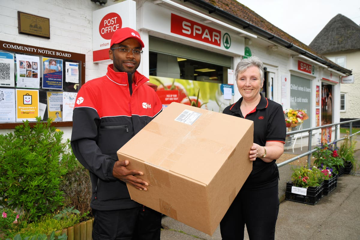 Post Office signs first ever click-and-collect deal with external courier firm