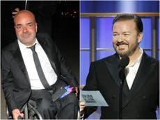 オフィスプロデューサーのAshAtallaは、リッキージャーヴェイスの障害者のジョークが、彼を「不快」にしたと言います。