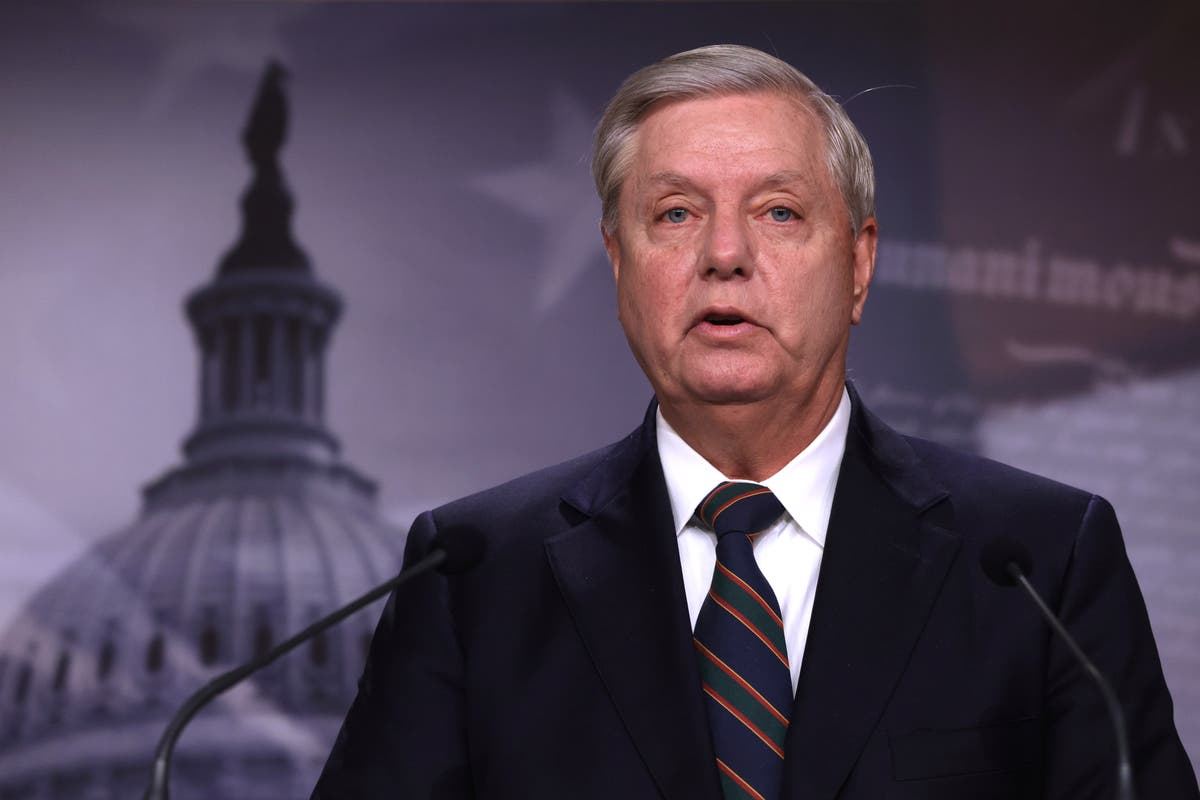 Lindsey Graham booed by own party for encouraging Covid vaccinations