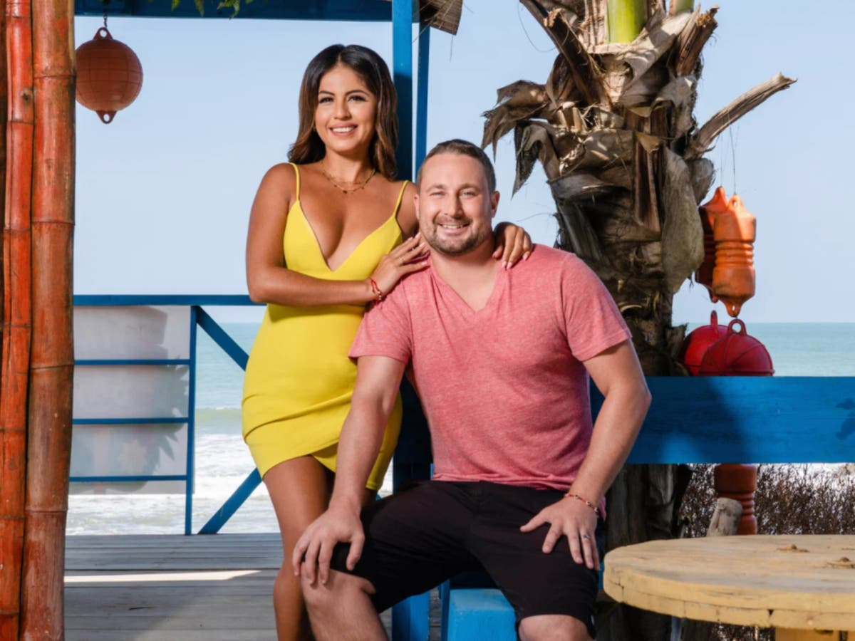 90 Day Fiancé: The Other Way – Meet returning couple Corey and Evelin