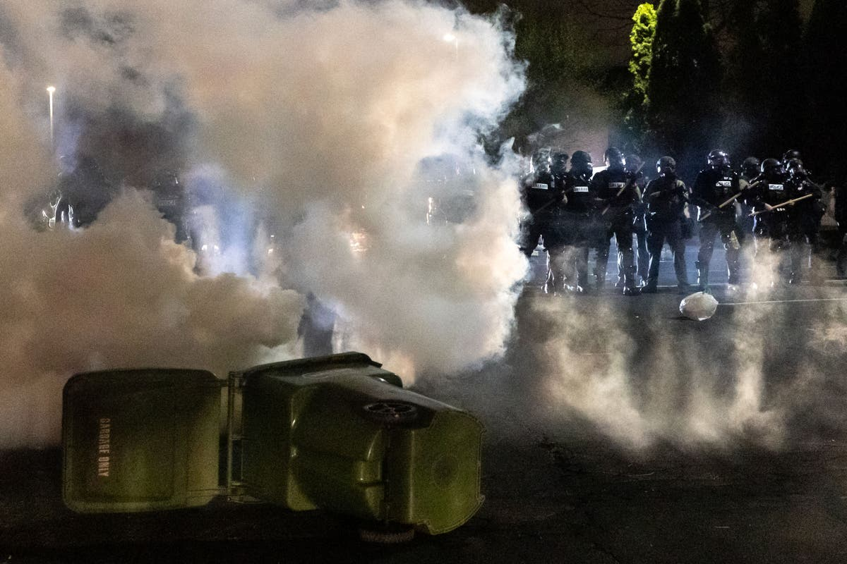 Tear gas widely used by police despite 'void' of federal oversight and health studies