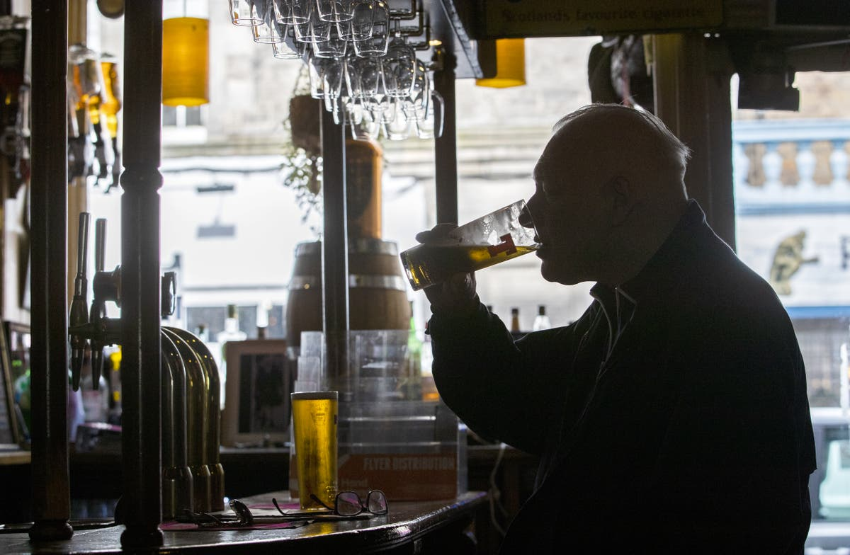 Pubs 'to serve six million fewer pints this bank holiday than pre-Covid'