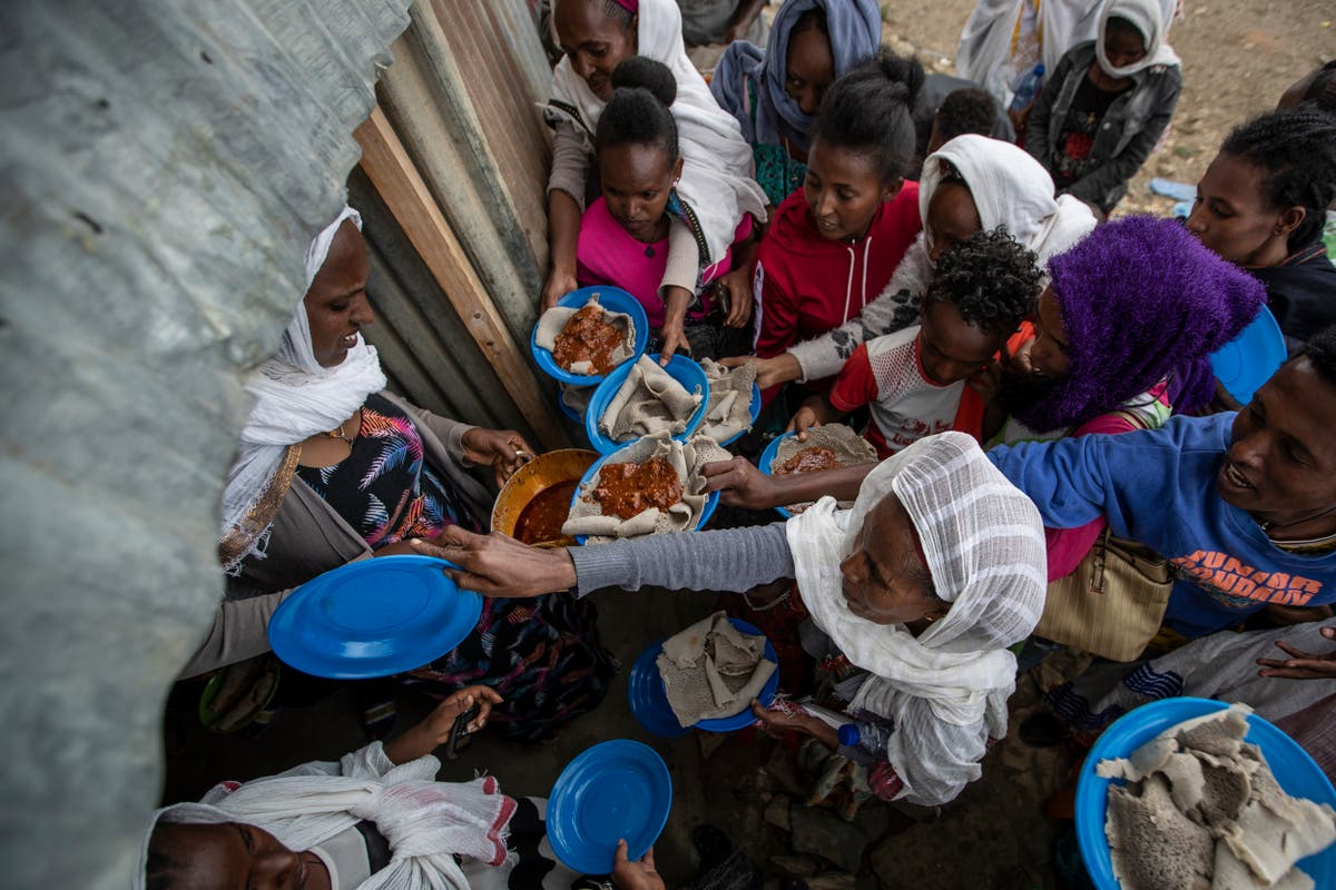 Ethiopia fighting leaves scores of civilians dead
