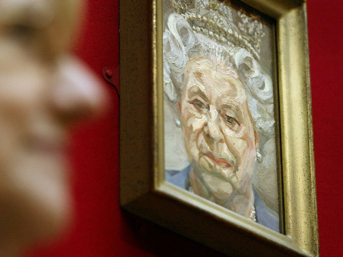 Queen loans Lucian Freud portrait of herself to National Gallery