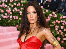 Halsey condemns industry treatment over pregnancy