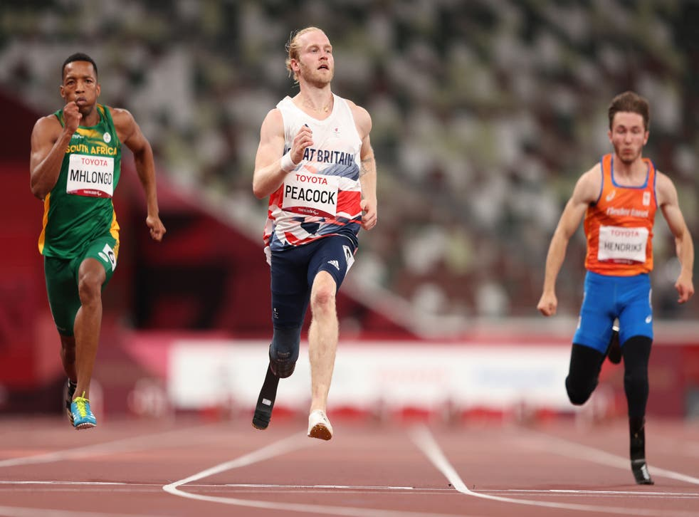 <p>Jonnie Peacock of Team Great Britain (C)  competes competes in  in Men's 100m on day 5</s>