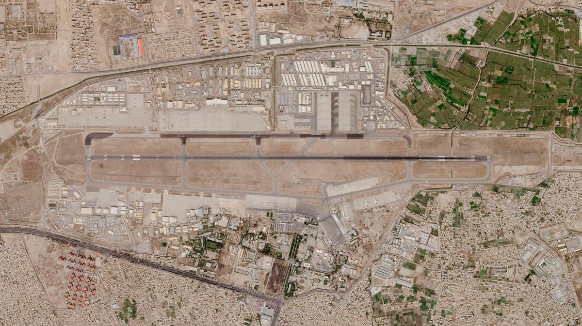 Rockets hit neighborhood near Kabul airport amid US pullout