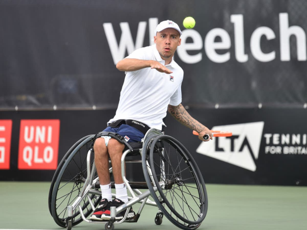 Andy Lapthorne 'still battling' after wheelchair tennis defeat