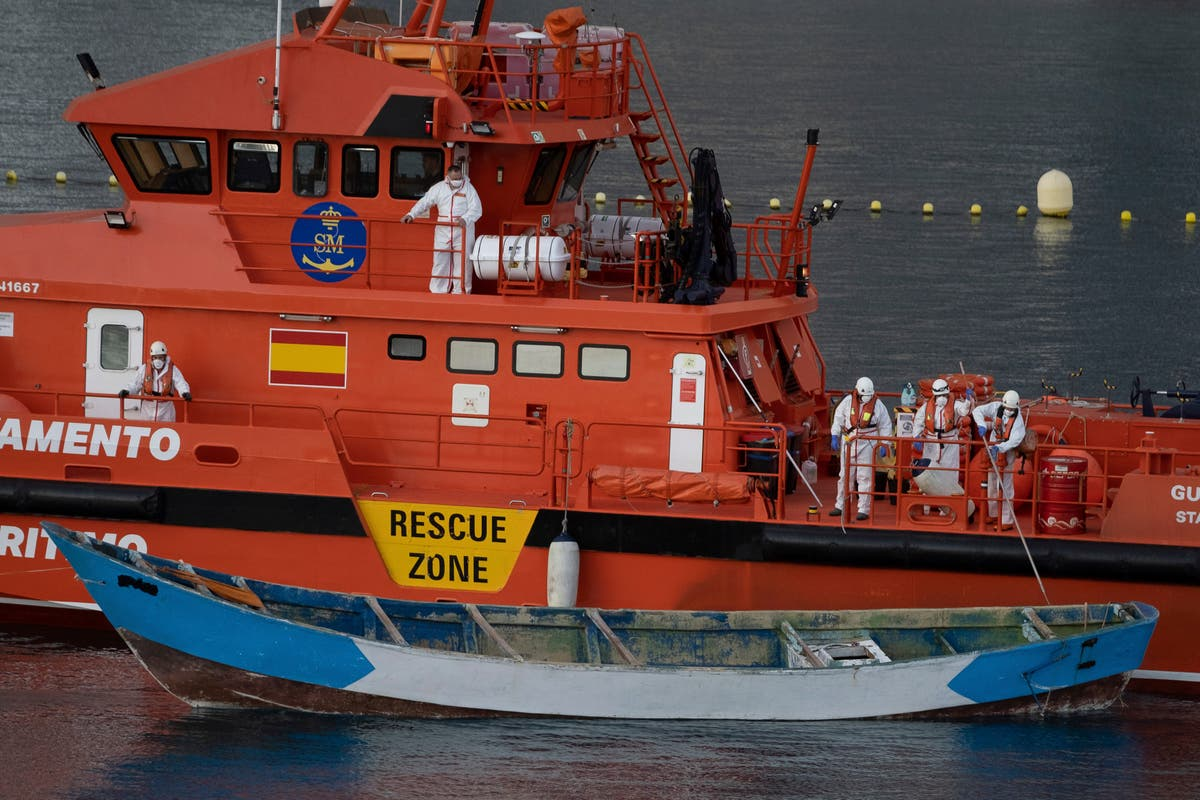 7 girls among 29 dead on migrant boat to Canary Islands