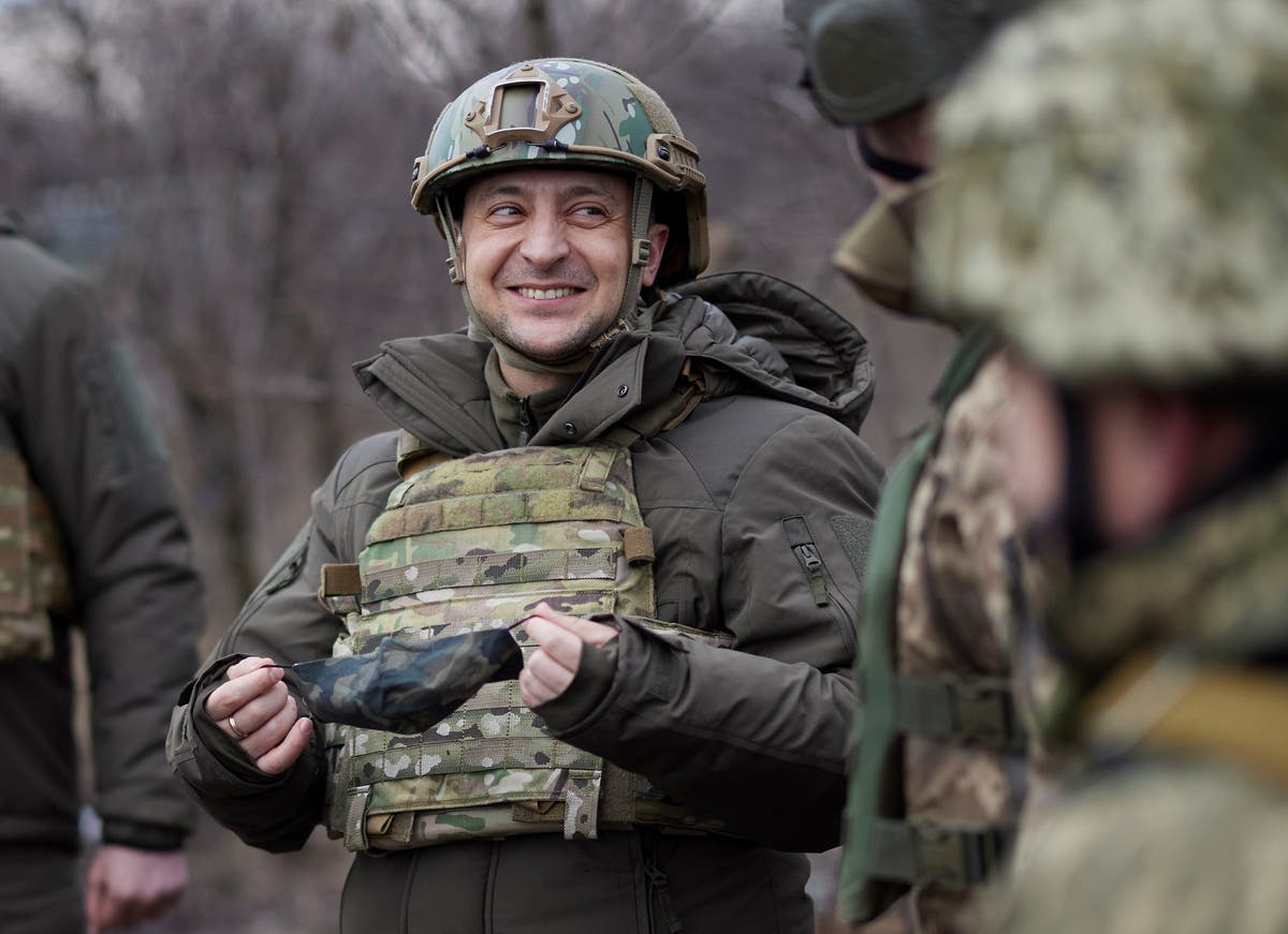 Ukraine's leader to talk with Biden on security, Russian gas