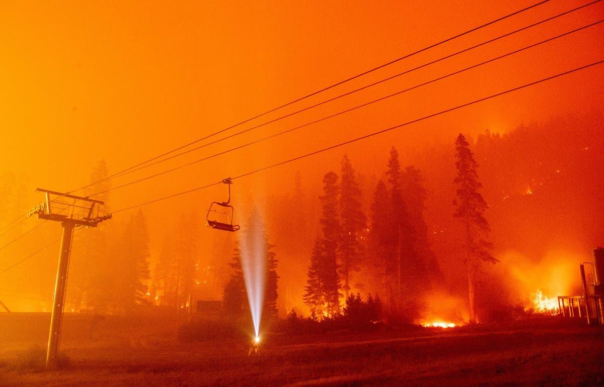 Lake Tahoe area evacuates 53,000 people amid Caldor Fire