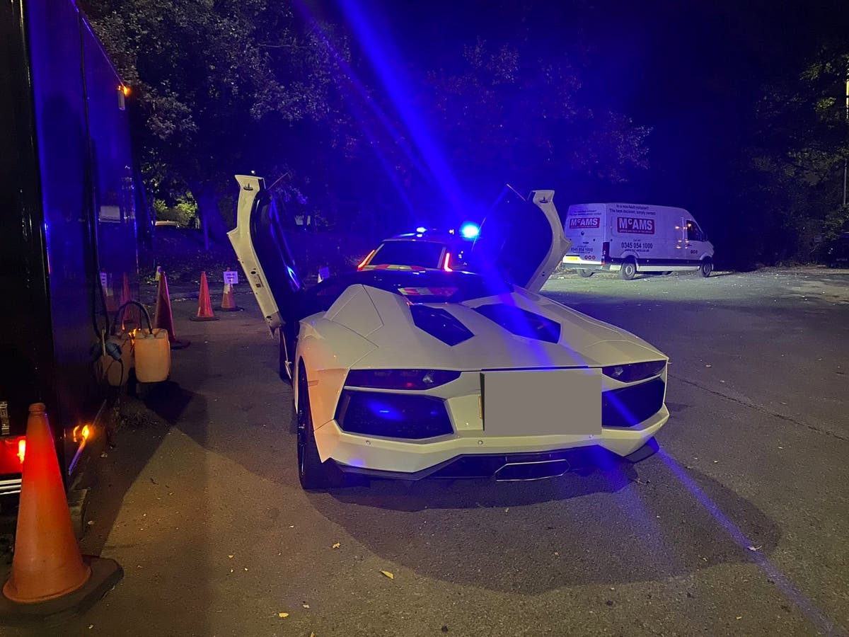 Driver 'walked home in tears' after £400k Lamborghini seized by police