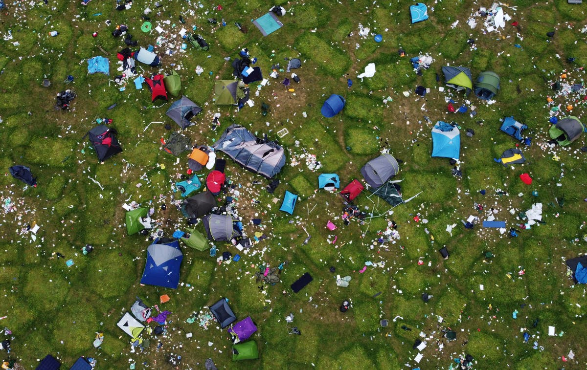 Tents left behind at Reading Festival spark environmental concerns