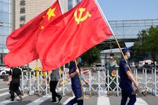 Pro-China group is moving to exploit US divisions over Covid, 报告说