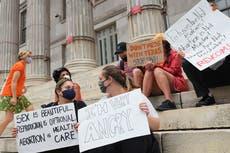 """Biden diz que DoJ pode ser capaz de limitar """"vigilantes"""" na lei de aborto do Texas"""