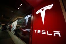 Feds probe NY Tesla crash that killed man changing flat tire