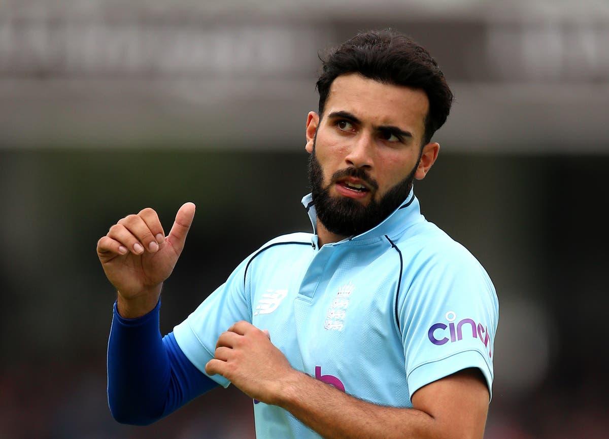 Saqib Mahmood an injury concern for Lancashire and England