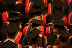 Governo 'vai cortar limite para reembolso de empréstimos estudantis'