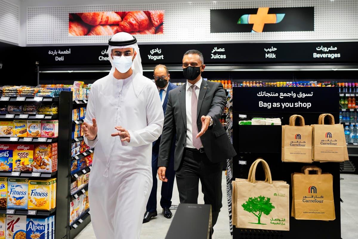 No cashiers, please: Futuristic supermarket opens in Mideast
