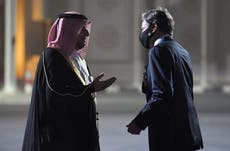 Four Americans evacuated from Afghanistan as Blinken flies to Qatar