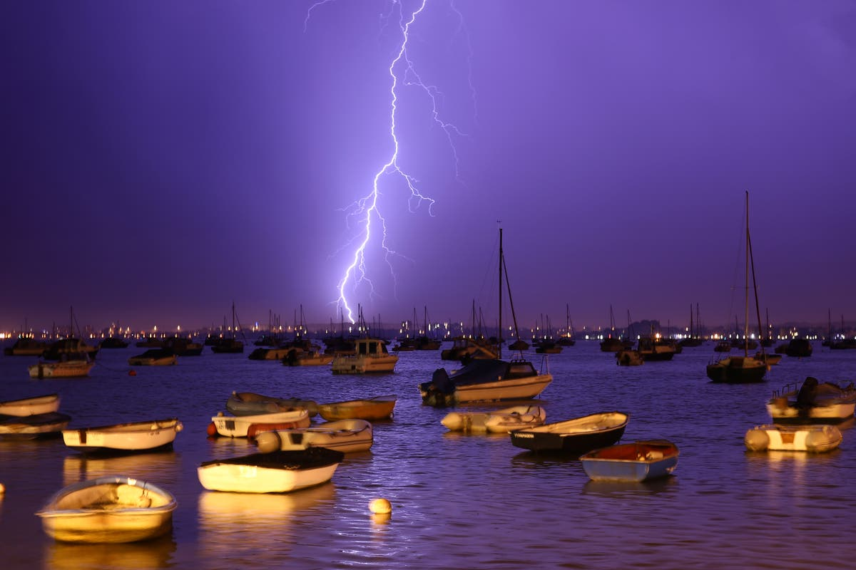 UK temperatures could hit 29C as thunderstorms headed for southwest