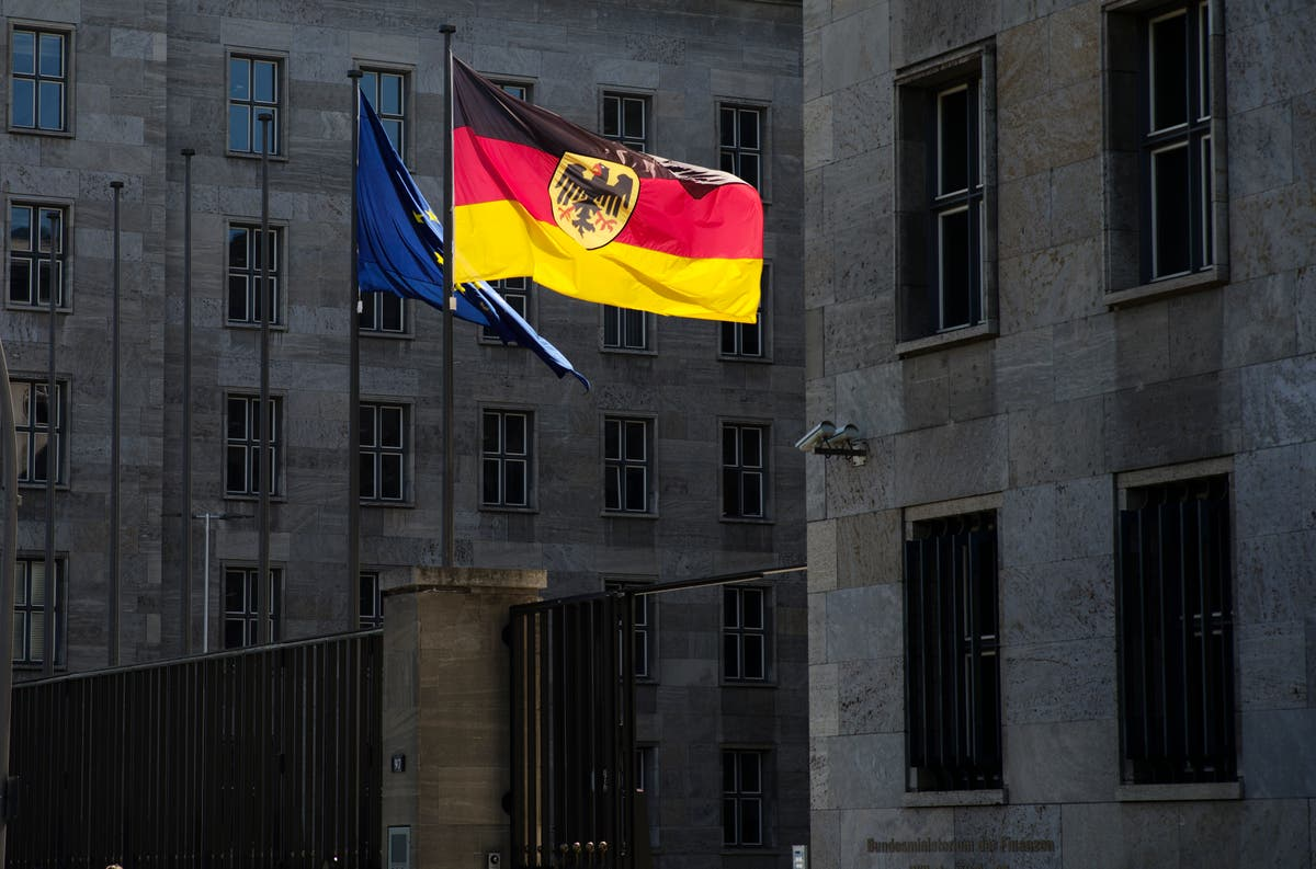 Searches conducted at 2 German ministries in customs probe