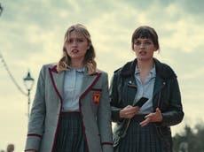 性教育季 3 审查: Netflix's teen drama remains heartfelt and cringingly honest