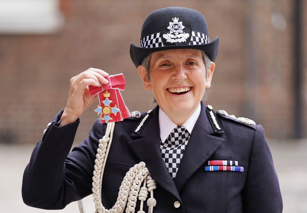 Scotland Yard police chief's term extended despite criticism