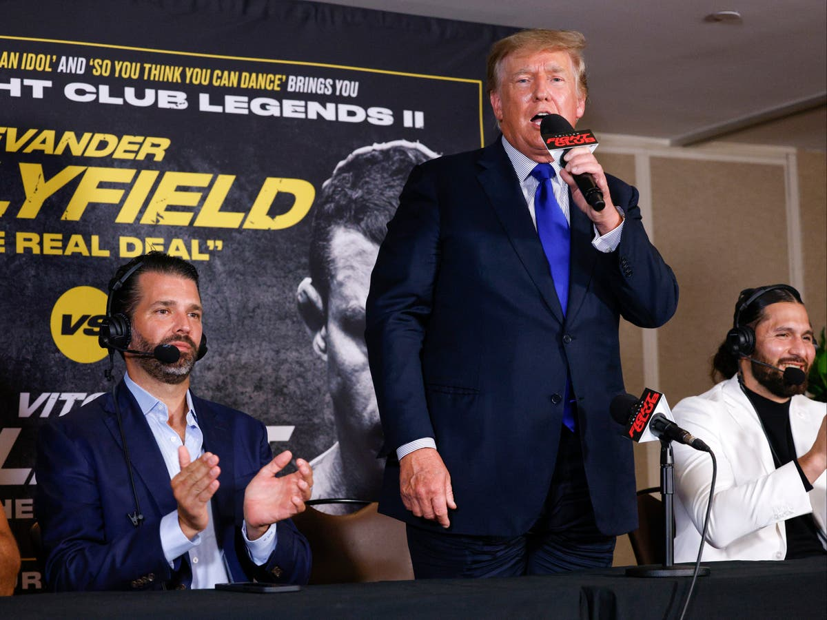 Trump says boxing results 'could be rigged like elections' during commentary shift