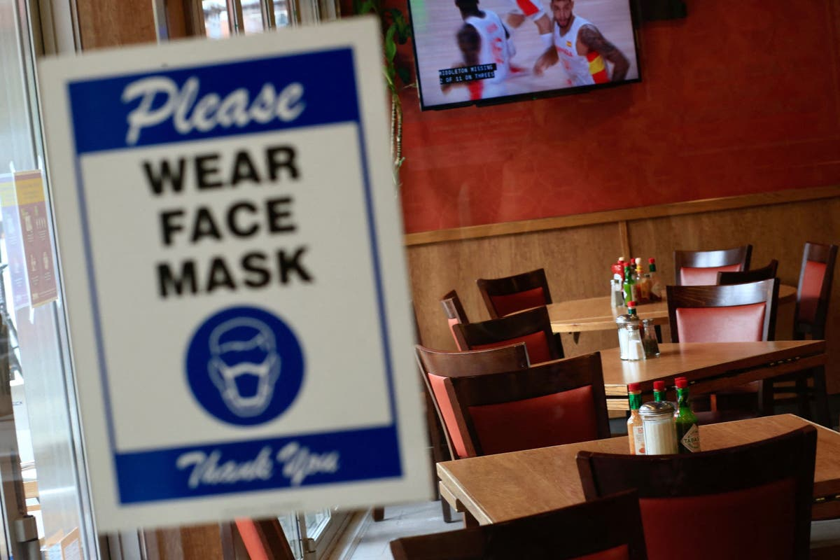 Texas restaurant throws family out for wearing masks : 'This is political'