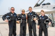SpaceXはInspiration4で4人の普通の人々を宇宙に爆破しようとしています
