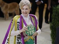 Carolyn Maloney honours women's suffrage with Met Gala dress