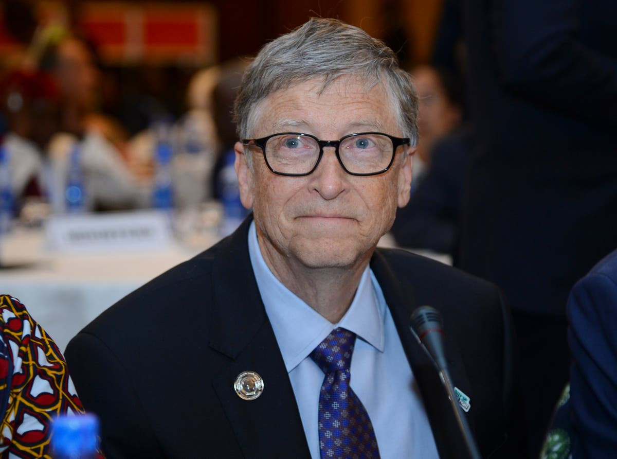 Bill Gates seems flustered when quizzed by reporter over relationship with Epstein
