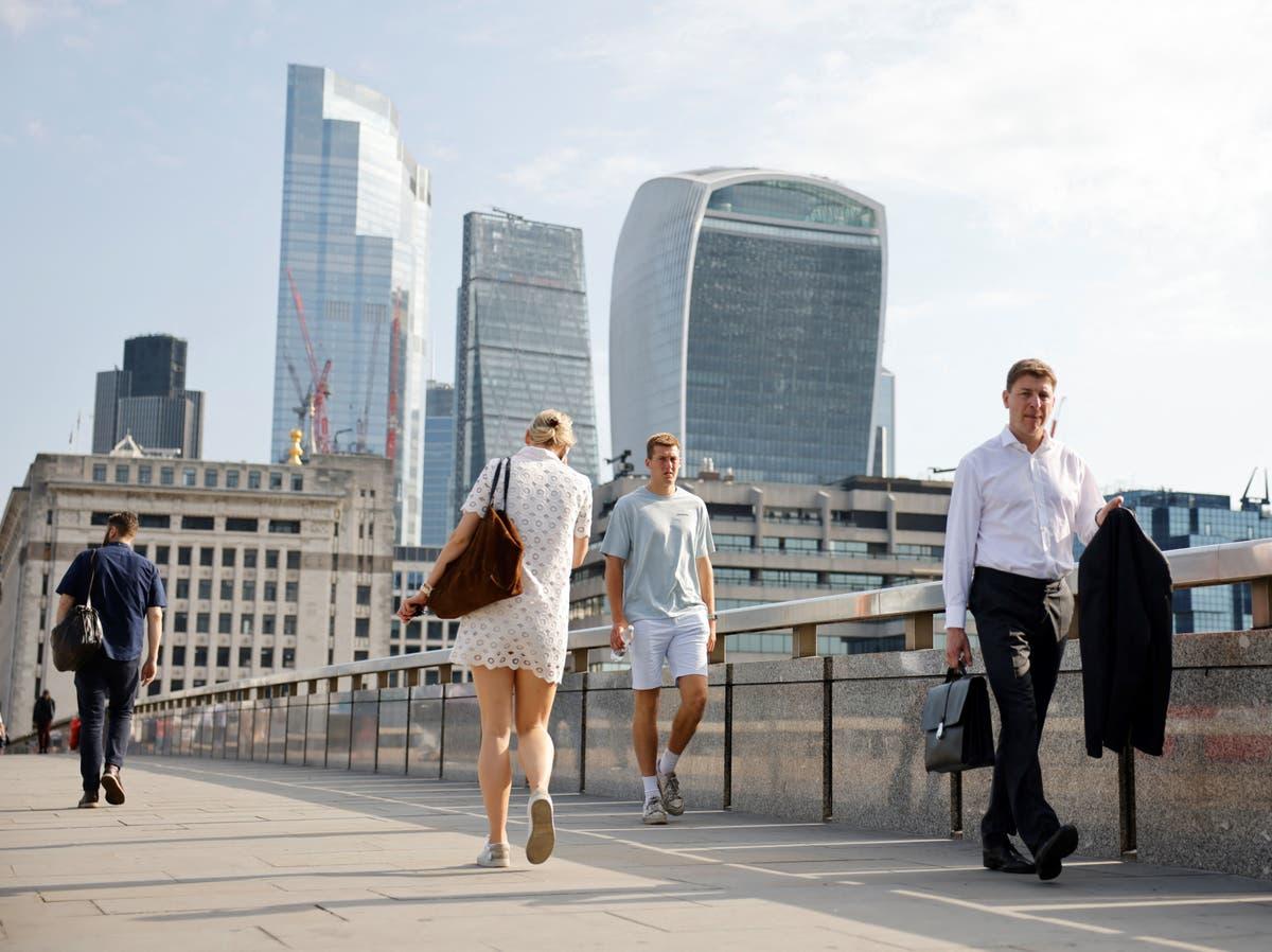 La plupart des entreprises s'attendent à augmenter les salaires, comme des travailleurs plus stressés que jamais