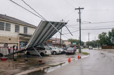 Nearly half a million without power after Hurricane Nicholas makes landfall in Texas