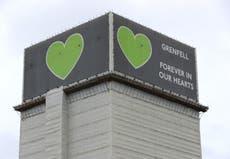 Le revêtement Grenfell était «totalement peu orthodoxe», selon le fabricant de panneaux