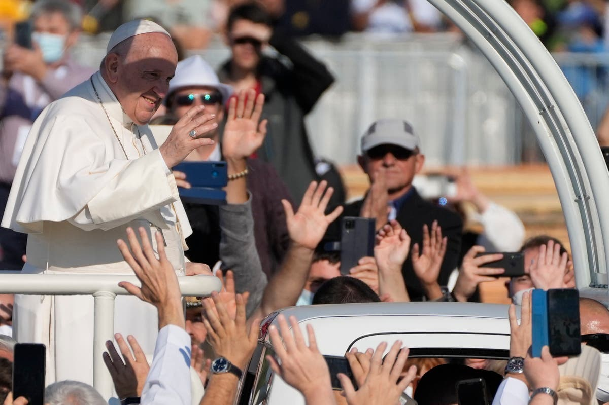 Pope urges compassion as he wraps Slovakia pilgrimage