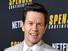 Crew member on Mark Wahlberg movie seriously injured after falling 30 voete
