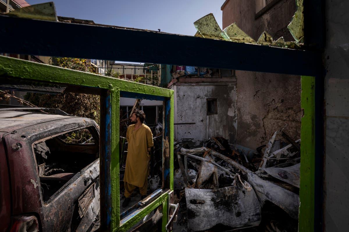 Afganistan doodgemaak deur hommeltuig, geprys deur mede-werkers in die Amerikaanse hulpgroep