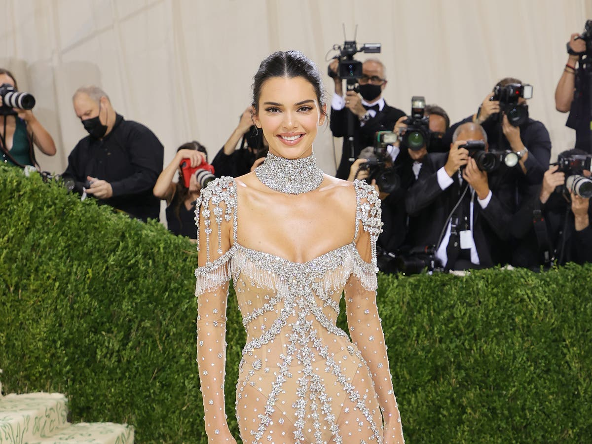Kendall Jenner supporting 'community of Jalisco' after cultural appropriation claims