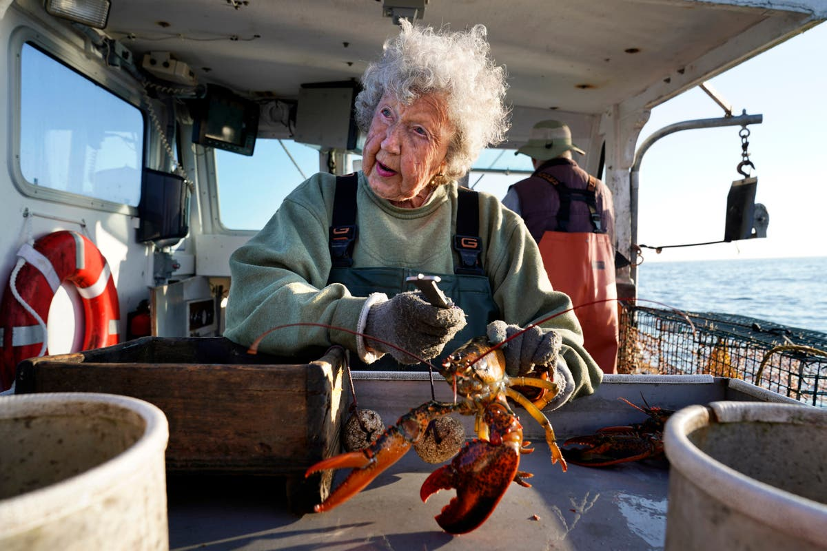 På 101, she's still hauling lobsters with no plans to stop