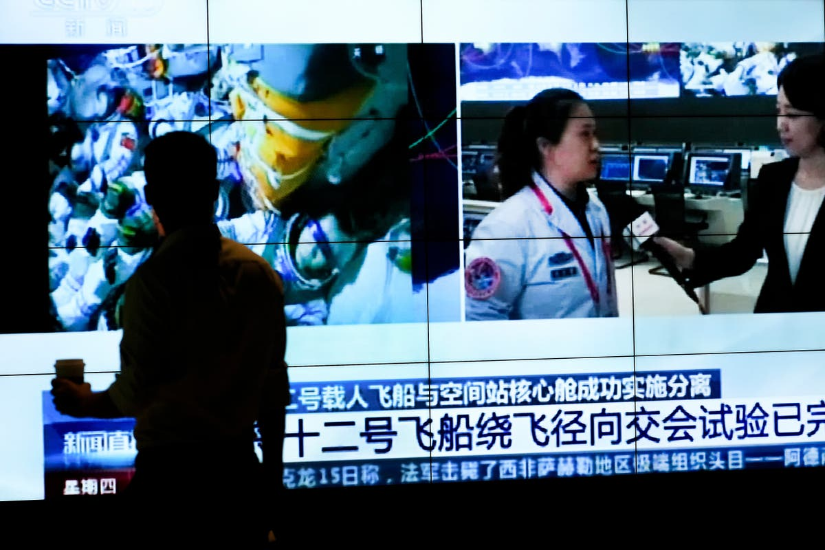 3 crew leave China's space station for Earth after 90 dae