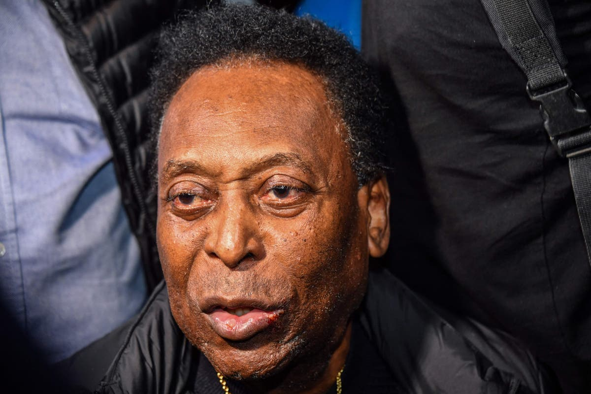 Pele ready for '90 minutes plus extra time' after leaving intensive care