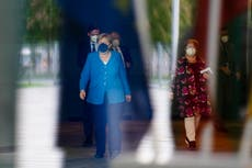 Macron, Merkel to meet in Paris on world's crises, EU issues
