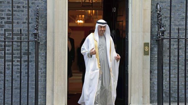 Cheikeh MOhammed ben Zayed Al Nahyan, chef d'Abou Dhabi, quitte Downing Street après avoir rencontré Boris Johnson
