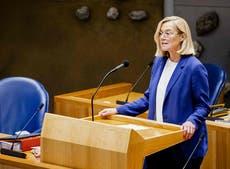 オランダの外相がアフガニスタンの避難の取り扱いをやめる