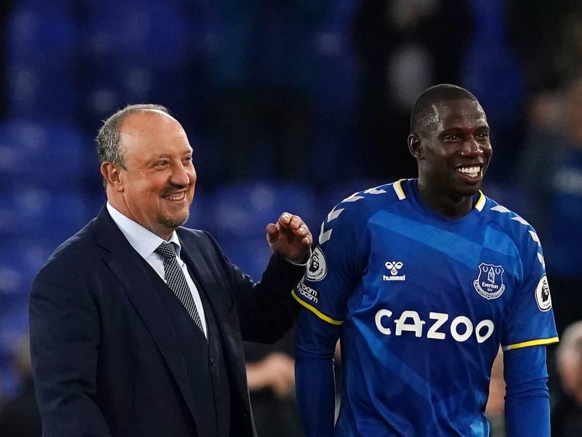 Rafa Benitez ensures Everton refuse to panic but caution remains at Goodison
