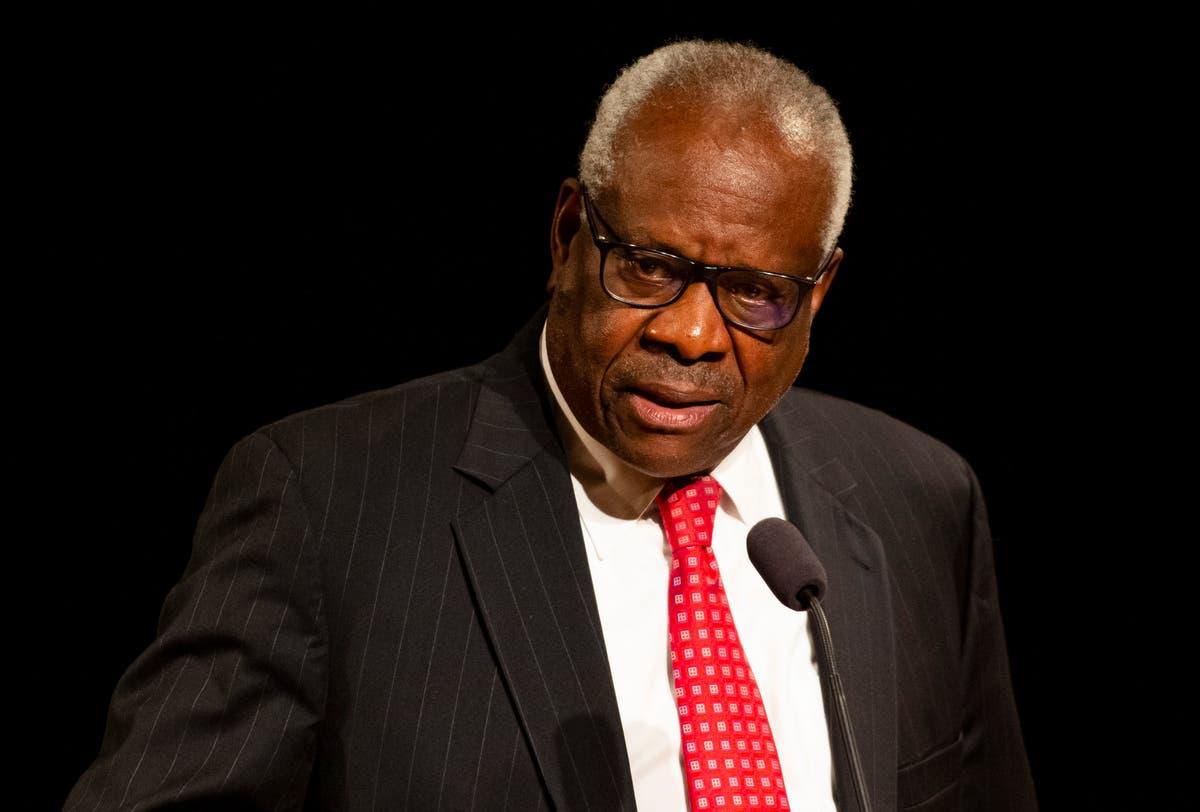 Clarence Thomas criticizes judges for veering into politics